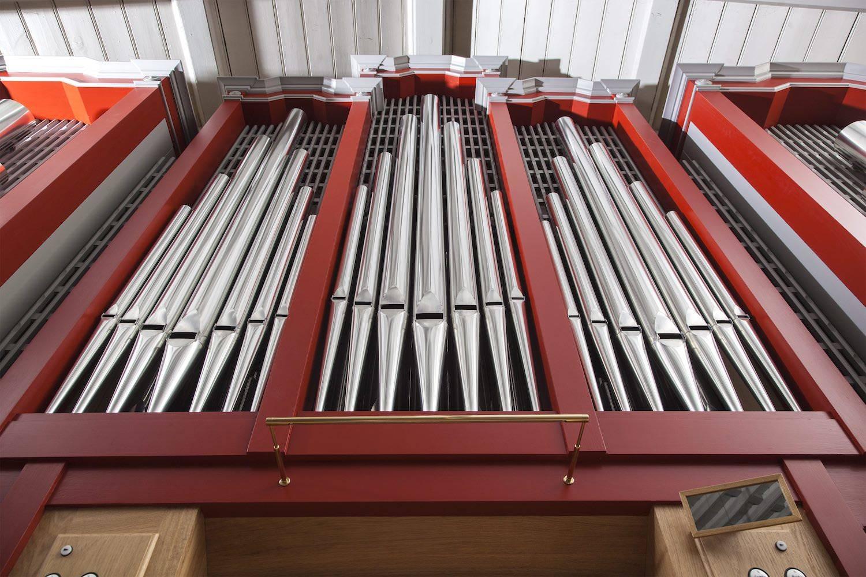 malet orgel i kirke i Espergærde